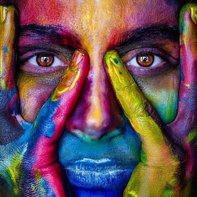 Schönheit liegt im Auge des Betrachters. Erzeuge Glücksgefühle, indem du im Alltag immer wieder Dinge betrachtest, die du als schön empfindest.